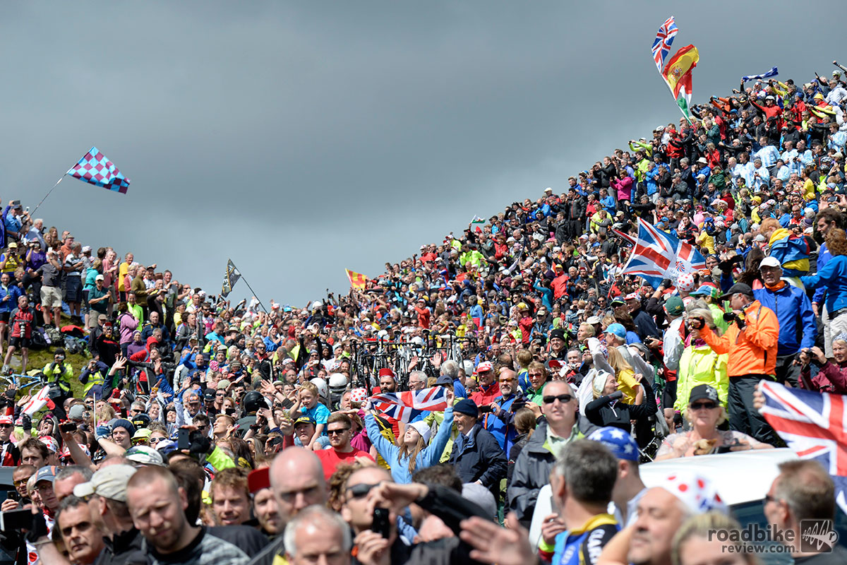 Stage 1 - UK-Throngs