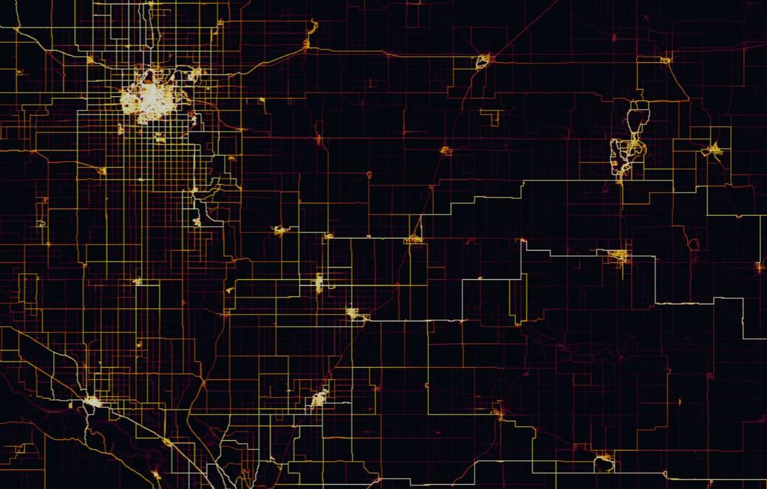 Stava Heatmap for the Midwest looks like Tron...-strava.jpg