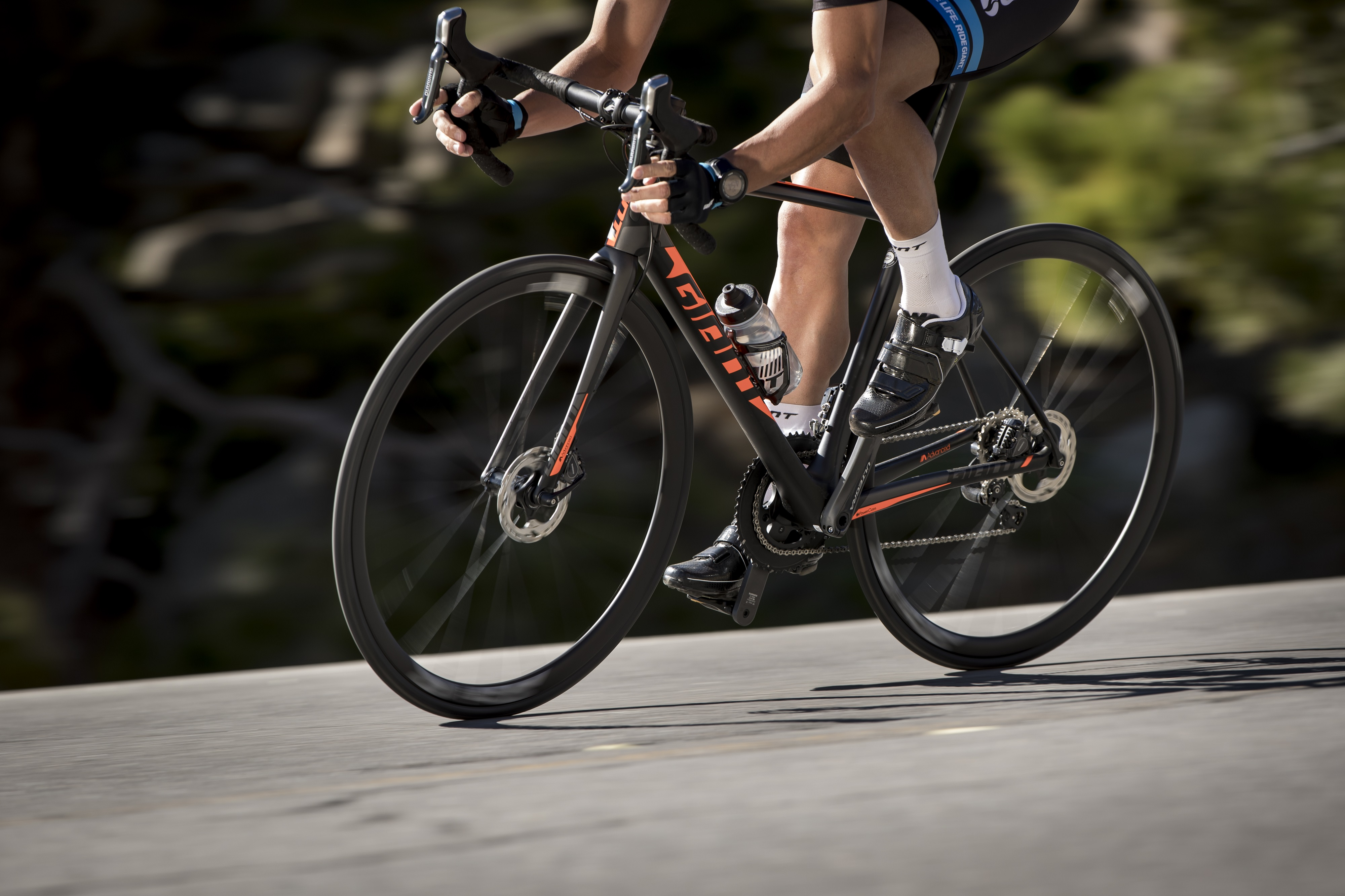 The TCR Disc range brings the added control of integrated disc-brake technology to the highly-regarded TCR race bike.
