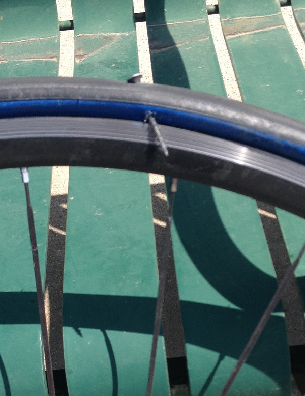 Sidewall puncture-tire-puncture.jpg