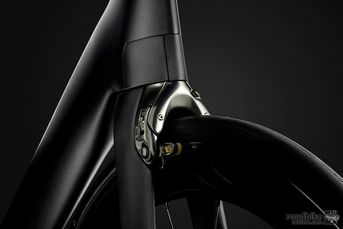 The new Madone also utilizes direct-mount brakes that are neatly tucked into the frame.