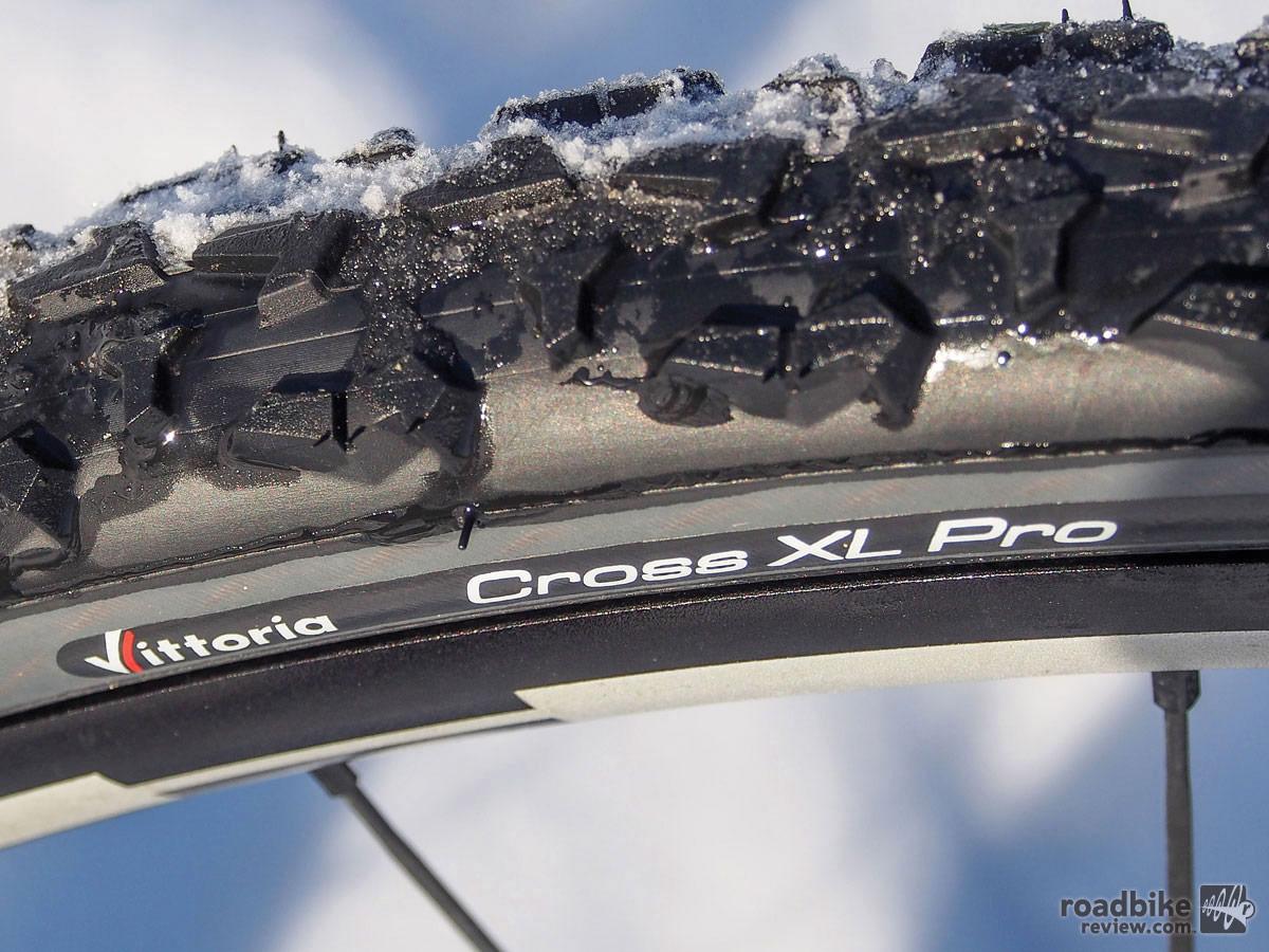 Vittoria Cross XL Pro TNT