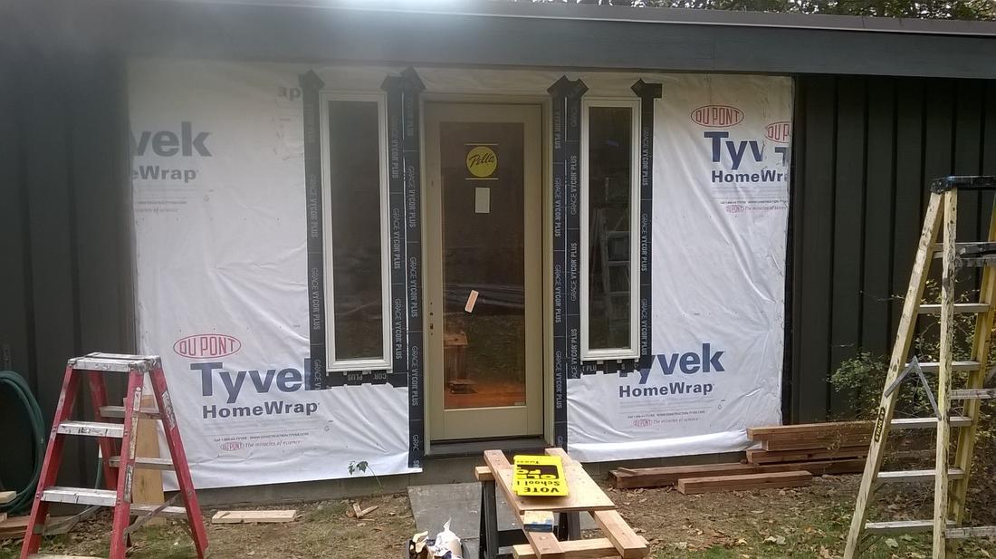 The renovation continues...-wall_proj.jpg