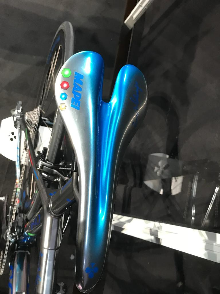 am trying to get colnago c64 MAPEI paint job but need 9 more people-whatsapp-image-2018-02-09-13.16.30-1-.jpg