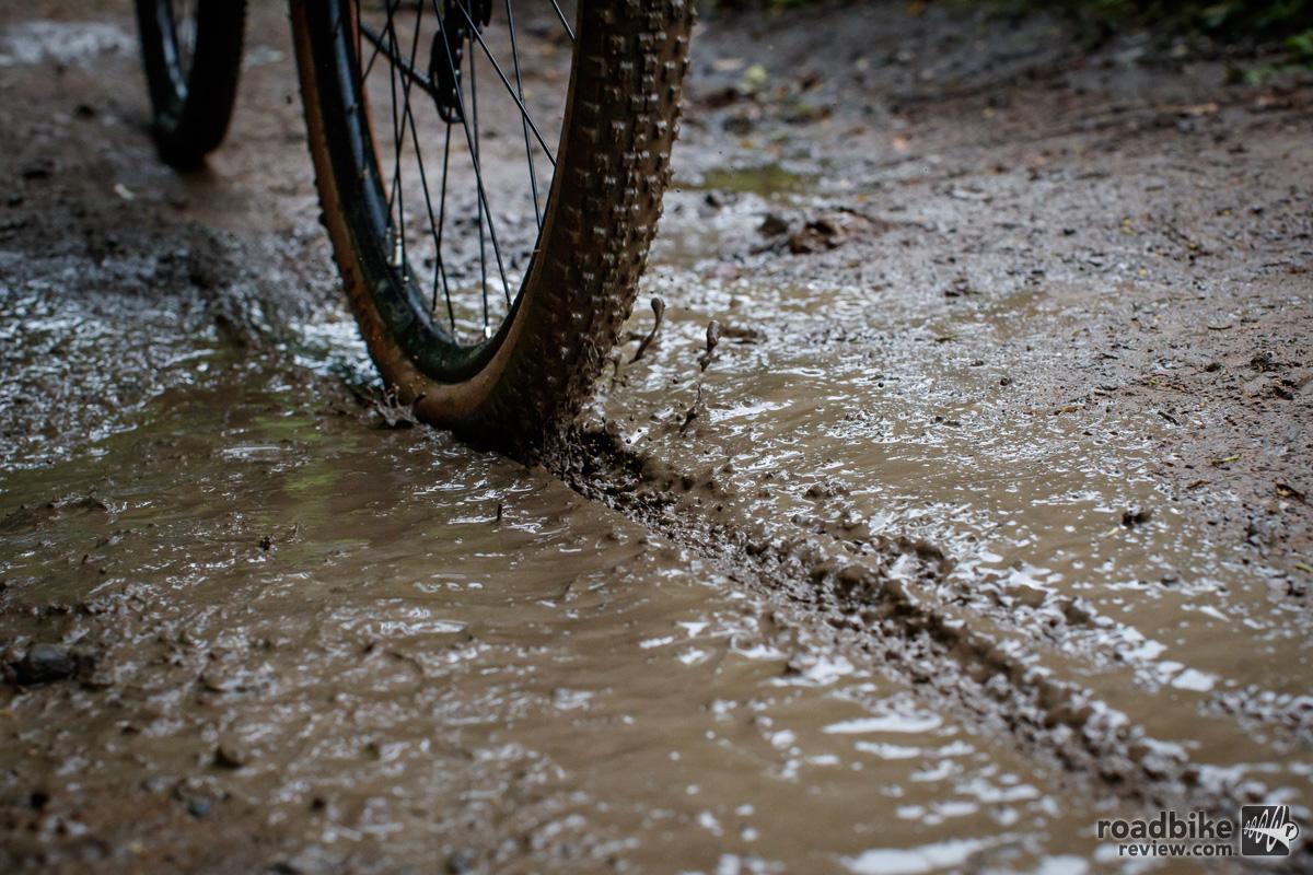 WTB Resolute 42 Gravel Grinder Mud