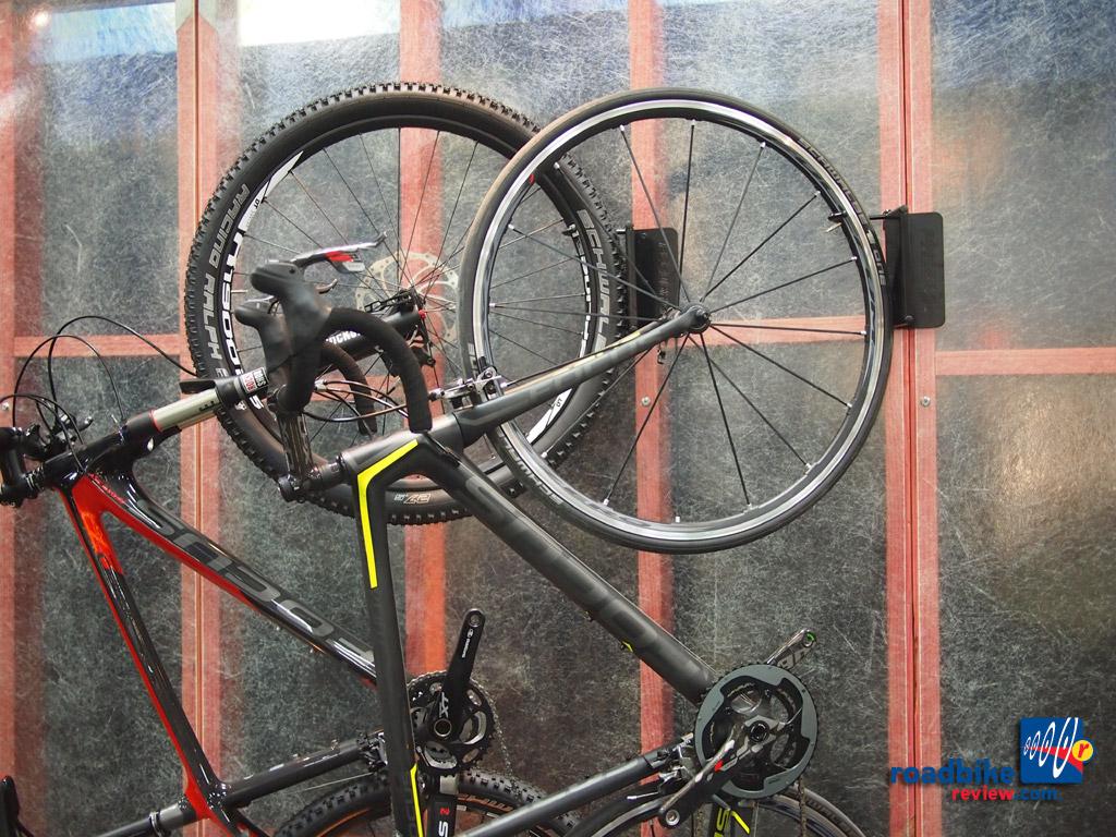 FEEDBACK SPORTS VELO COLUMN,bicycle//cycle Storage,Vertical Bike Rack Stand.