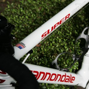 Cannondale SuperSix (White) side