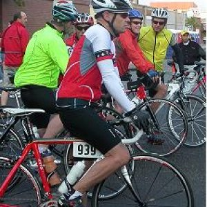 Start of LOTOJA -- Logan UT (Sunrise Cycles)