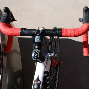 F4:13 Deda Newton Stem/Cateye Strada Comp/FSA Carbon Bars